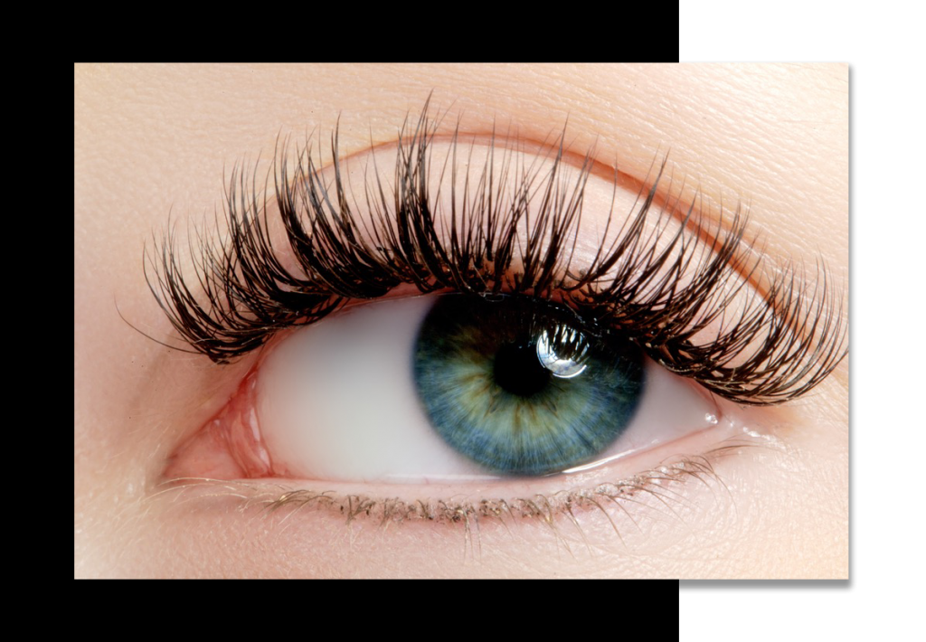 Weightless classic eyelash extensions Hollywood