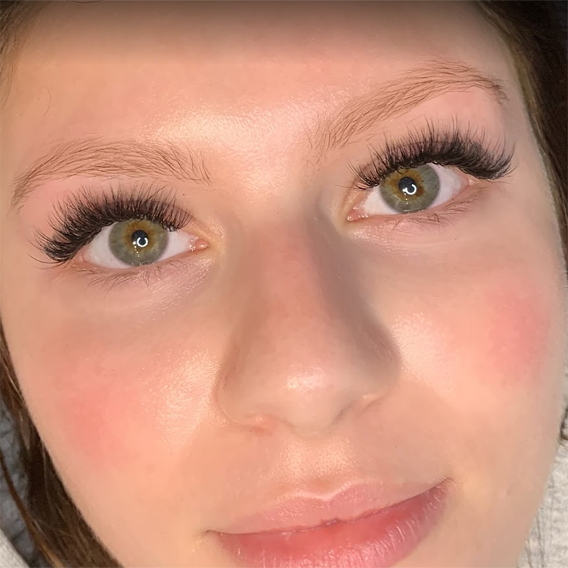 Lash Extensions Los Angeles